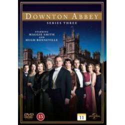 Dowtown Abbey 3° Tem DVD 01